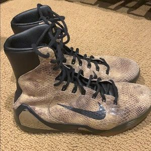 reputable site 10a87 90d47 Nike · Kobe 9 EXT High Snakeskins